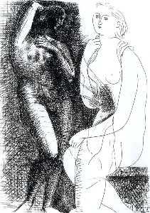 Mujer desnuda delante de una estatua