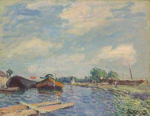 Canal at Saint Mammes