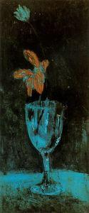The blue vase