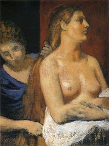 Une pucelle peignage une Woman's Cheveux