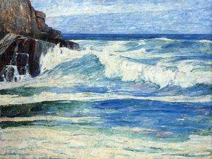 Surf Breaking on Rocks